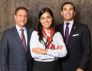 (l-r) Jorge Baldor, Rebecca Acuña, Miguel Solis