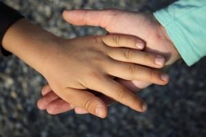 hand-838975_640