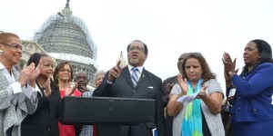 Earlier this month, NNPA President Benjamin Chavis spoke outside of the U.S. Capitol during a joint press conference between NNPA and NAHP. Congresswoman Eleanor Holmes Norton (far left) called for a study on how federal agencies spend money on advertising. (Freddie Allen/AMG/NNPA)